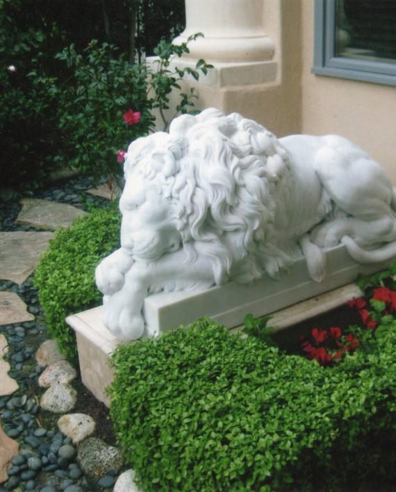 leone-canova-marmo2