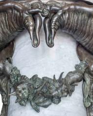 fontana-mostri-marini-tacca-grande4