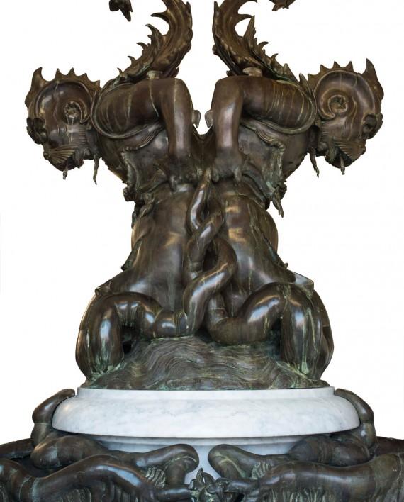 fontana-mostri-marini-tacca-grande5
