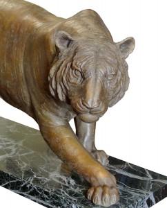 Tiger original work of art by Eleonora villani. Bronze sculpture for sale, Pietro Bazzanti Art Gallery, Florence, Italy