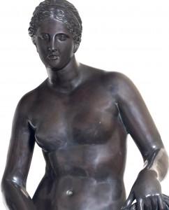 Cnidian aphrodite. Bronze sculpture for sale, Pietro Bazzanti Art Gallery, Florence, Italy