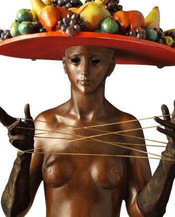 Cats craddle, original work of art bySergio Benvenuti. Bronze sculpture for sale, Pietro Bazzanti Art Gallery, Florence, Italy