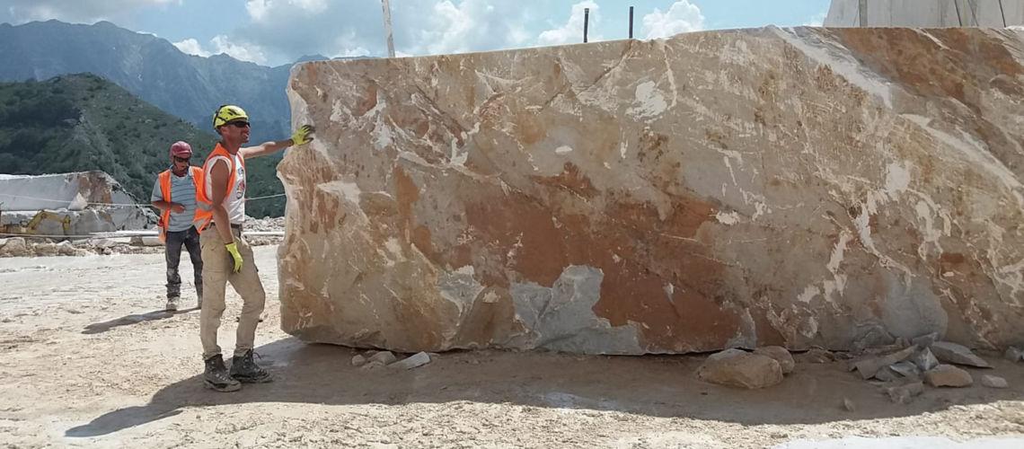 galleria bazzanti david michelangelo blocco marmo cave carrara