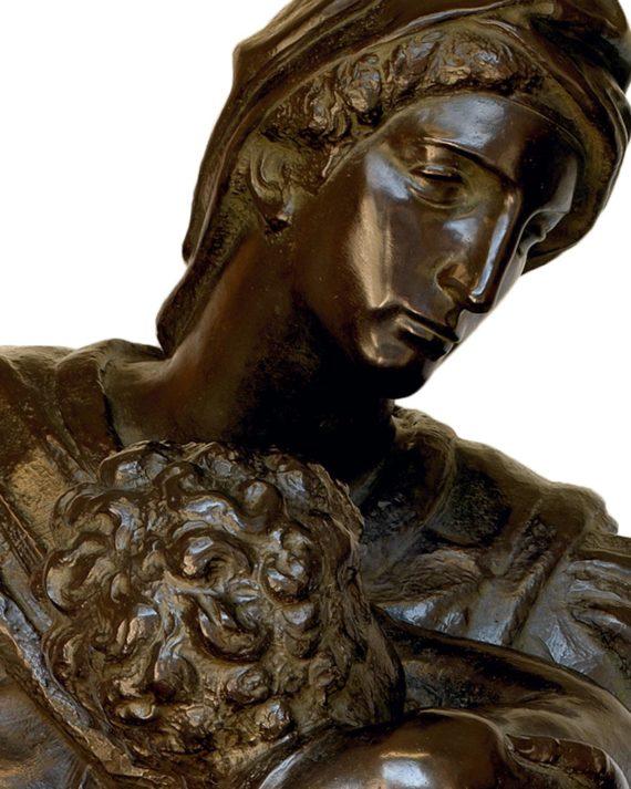 replica scultura madonna medici di michelangelo in bronzo fusa dalla fonderia marinelli e in vendita presso la galleria bazzanti di firenze