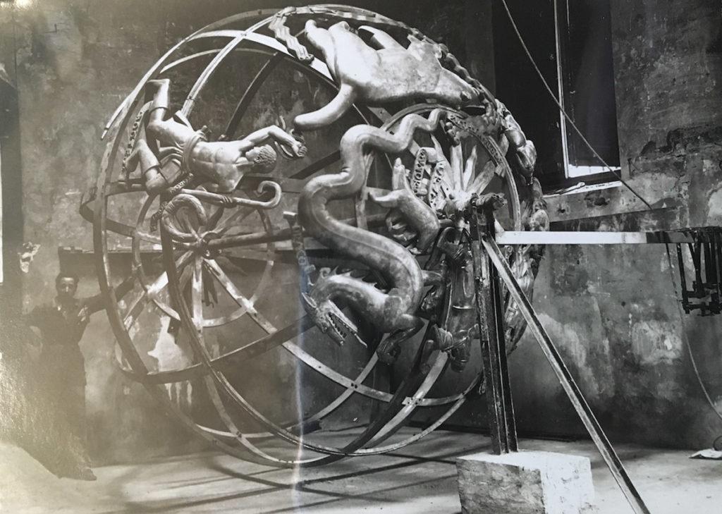 fonderia artistica ferdinando marinelli restauro del monumento sfera celeste del palazzo delle nazioni unite a ginevra galleria bazzanti firenze sfera armillare
