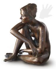 modella-riposo-bellini-bronzo-silhouette
