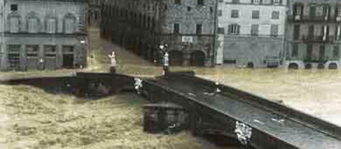 galleria bazzanti alluvione firenze
